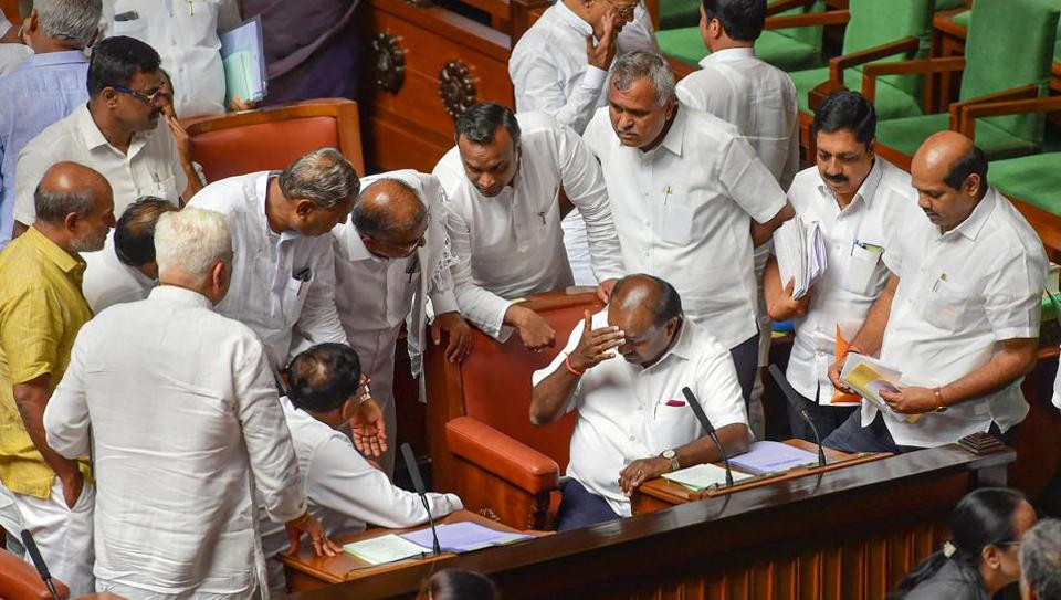 Governor asks Kumaraswamy to prove majority by end of day