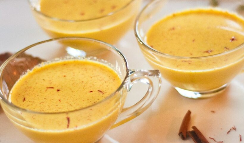 turmeric-milk-(golden-milk)-becoming-famous